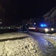 У Франківську п'яний водій BMW розбив чужу машину, вилетів на тротуар та зіткнувся з деревом