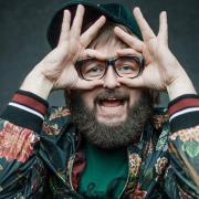 Юний Дзідзьо без бороди: співак показав дитяче фото з першої телезйомки