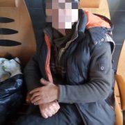 Чіплявся до людей: у Франківську на вокзалі вартові затримали агресивного чоловіка (ФОТО)