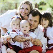 Матерям-героїням в Україні хочуть дозволити виходити на пенсію по-іншому