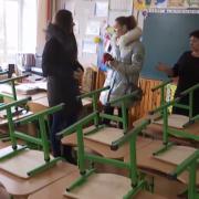 На Рівненщині відчайдушні батьки заборонили сотням дітей ходити до школи