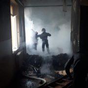 На Франківщині горить школа