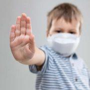 Заразила родичка-медсестра: в Україні у 5-річного хлопчика виявили коронавірус