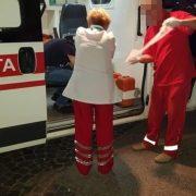 У Франківську поліціянти врятували чоловіка, якому стало зле посеред вулиці