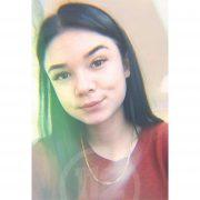 На Прикарпатті розшукують 17-річну дівчину, яка поїхала на навчання і зникла (ФОТО)
