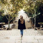 Хоче заразити усіх?: на Івано-Франківщині жінка з підозрою на коронавірус гуляє селом і відвідує магазини, подробиці