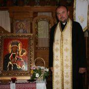 Франківський священник просить заробітчан не наражати рідних на небезпеку