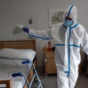 4 – лікарі, 3 акушер-гінеколога, анестезіолог і 10 медсестер: У Калуському пологовому будинку коронавірусів захворіли 14 медпрацівників