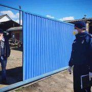 Стали мішенню: українка, яка втратила батька через коронавірус, шокувала розповіддю про терор сусідів