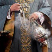 Батько і син: у двох священників з Калущини підозрюють коронавірус