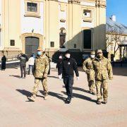 Прикарпатські поліцейські посилено патрулюватимуть біля храмів під час Великодніх свят