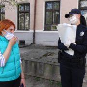 У центрі Франківська небайдужа та поліція допомогли повернути втрачені документи та гроші