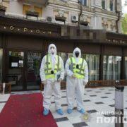 Поліція нагрянула до ресторану Тищенка у Києві: фото перевірки