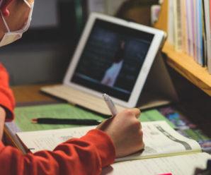 Прикарпатських школярів кличуть похизуватися знаннями української мови й виграти навчання в університеті