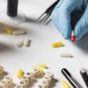 В Україні для лікування коронавірусу застосують нові ліки: як вони діють