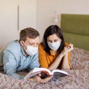 Коронавірусом можна заразитися вдома: чого слід побоюватися