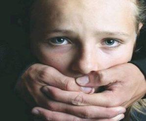 """""""П'є горілку і робить мені боляче"""": батько роками гвалтував свою 11-річну доньку, у якої померла мама"""