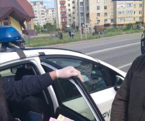 """У Франківську водій """"під кайфом"""" пропонував патрульним 500 гривень хабаря (ФОТО)"""