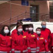 Франківські медики швидкої вийшли на протест: вимагають обіцяної премії за роботу під час карантину та гідної зарплатні (ФОТО)