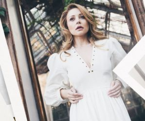"""""""Найкрасивіша жінка у всесвіті"""": Тіна Кароль поділилася з шанувальниками новим пікантним фото"""