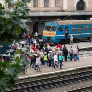Став відомий графік руху приміських поїздів на Прикарпатті (СПИСОК)