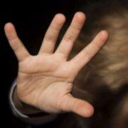 На Миколаївщині горе-матір побила малюка до напівсмерті
