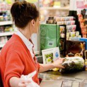 """""""Приватбанк"""" запустив новий сервіс: готівку можно зняти не в банкоматі, а на касі магазинів"""