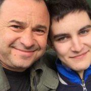 Віктор Павлик звернувся до онкохворого сина Павла після відмови лікуватися: тато поруч