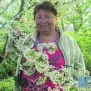 Жінка з Рівненщини руками відчуває онко та рятує від алкоголізму