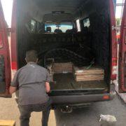 Тонна плитки й деталь від трактора: на кордоні з Польщею затримали прикарпатця-порушника (ФОТО)