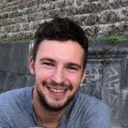 Повертався із роботи мотоциклом: Молодий український заробітчанин трагічно загинув в Італії, його товариш – у лікарні