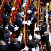 Свіжий рейтинг партій: за кого проголосують українці