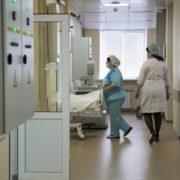 За чотири місяці року від грипу і пневмоній померли 35 прикарпатців, від COVID-19 — 56