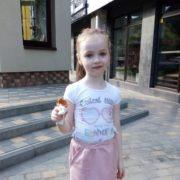 У Франківську знайшли 6-річну дівчинку