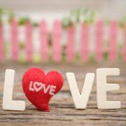 Чому чоловік по вуха закохується в жінку: 6 причин