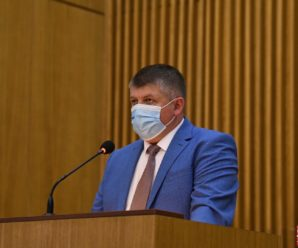 Хвороба не відступає: голова ОДА Федорів закликав прикарпатців носити маски й дотримуватися дистанції