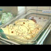 Новонароджене немовля впало в кому після щеплення від гепатиту (відео)