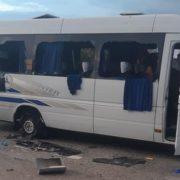 На трасі Київ-Харків розстріляли автобус з людьми – є загиблі, деяких викрали (ФОТО, ВІДЕО 18+)