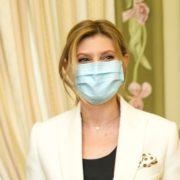 """""""Нескінченні крапельниці, пігулки, налякані очі людей"""": Олена Зеленська розповіла, як боролася з коронавірусом"""
