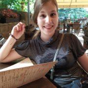 У Франківську зникла 11-річна дівчинка, дитина не знає міста (ФОТО)