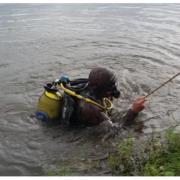 На Закарпатті рибина потягла рибалку на дно