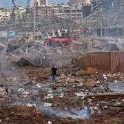 Місяць після вибуху: у Бейруті під завалами будинку зафіксували серцебиття
