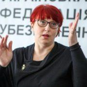 """Одіозна """"слуга"""" Третьякова вимагає, аби держслужбовців не відправляли на пенсію"""