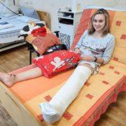 Стало відомо як себе почуває курсантка з Львівщини, яку збив п'яний майор