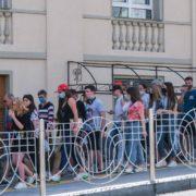 """""""Це не межа"""": епідеміолог прогнозує Україні понад 10 тисяч нових хворих на COVID-19 на добу"""