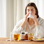 """Подвійна загроза: що кажуть експерти про """"зустріч"""" COVID-19 і сезону грипу"""