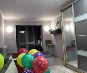 """Українці купили багатодітній родині з Прикарпаття нову квартиру: """"Добро врятує світ"""""""