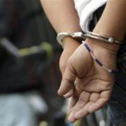 5 років тюрми та 45 000 моральної шкоди: засудили перукарку, яка штрикнула ножицями сусіда