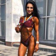 Багатодітна мама з Рівненської області стала віце-чемпіонкою України з бодибілдингу (фото)