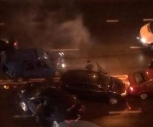 У Франківську зіткнулось 6 автомобілів та тролейбус: деталі та фото масштабної ДТП – двоє дітей в лікарні